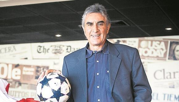 """Juan Carlos Oblitas: """"Jugadores no deben exponerse"""""""