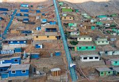 Inauguran escaleras para mejorar accesibilidad de vecinos a las partes altas de Huaycán, en Ate
