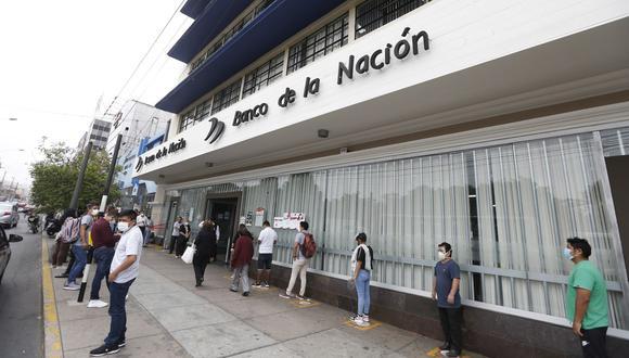 El primer grupo, según ha detallado el Banco de la Nación, está conformado por los hogares de los programas sociales Juntos, Contigo y Pensión 65. (Foto: Andrés Paredes | GEC)