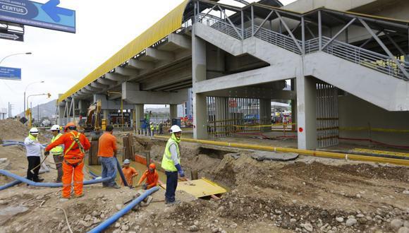 Obras a la altura de la estación Pirámides del Sol terminaría en noviembre de este 2021, luego de más de dos años de reportado el aniego en San Juan de Lurigancho.  (Foto: Presidencia)