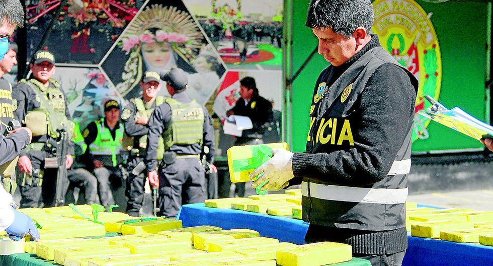 Nervios delatan a sujetos que trasladaban 82 kilos de droga en 4 neumáticos