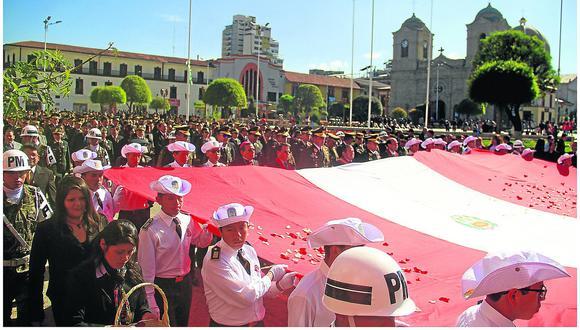 Cardenal critica ausencia de las autoridades en actos por Fiestas Patrias