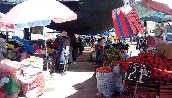 Comerciantes de Río Seco rechazan a ambulantes, pero alcalde confirmó permanencia