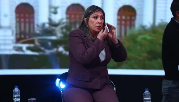 La congresista Zenaida Solís consideró que el presidente Martín Vizcarra no puede levantar la bandera de la lucha contra la corrupción (Foto: Alessandro Currarino / GEC)