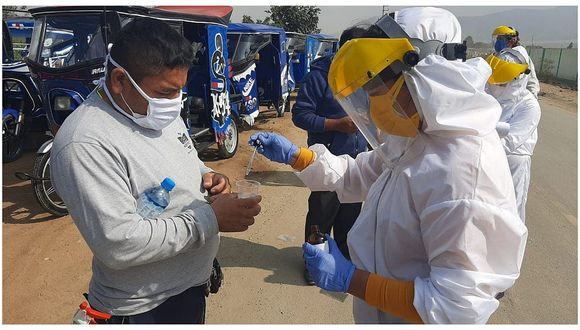 Laredo: Brigada COVID-19 realiza tamizaje a diversas asociaciones de mototaxis