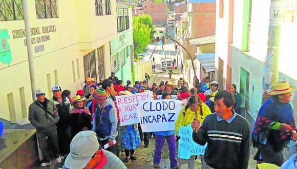 Huaytará protesta y exige hospital