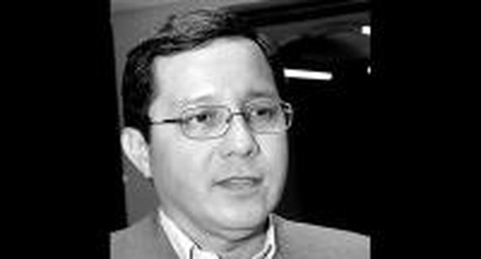Renunció Félix Grández como director ejecutivo de APCI, tras denuncia de Correo
