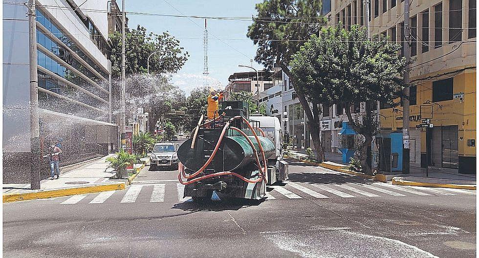 Coronavirus: Inician desinfección de calles de Piura, Castilla y Veintiséis de Octubre