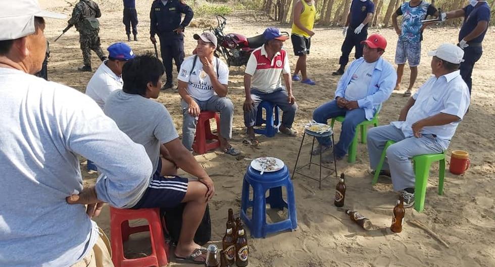 Moradores de La Matanza, en Morropón, Piura, se reunían para tomar licor pese a la medida dispuesta por el Gobierno. (Foto: Gobierno Regional de Piura)