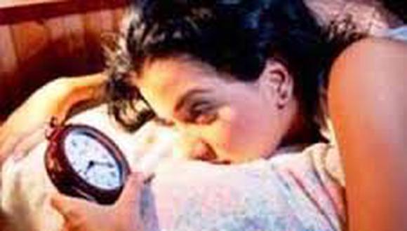 Crean spray que combate el insomnio con solo rociar en el cuello