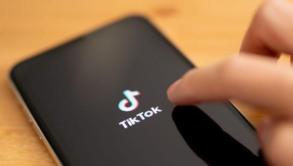Las aplicaciones con mayor consumo de los datos fueron Facebook con 58.3%, Youtube 16.8%, Whatsapp 11.9%, Tik Tok 5.7%. (Foto: EFE)