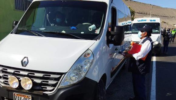 Vehículos incumplían normas de tránsito y sanitarias  Foto: Gerencia de Transportes