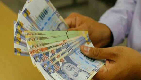 Trabajadores de empresas privadas podrán percibir este beneficio la quincena de julio de este año. (Foto: Andina)