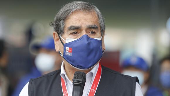 El ministro de Salud, Óscar Ugarte, aseguró Gobierno de Transición y Emergencia seguirá trabajando en la lucha contra la pandemia del COVID-19 hasta el último día de gestión. Foto: Archivo GEC
