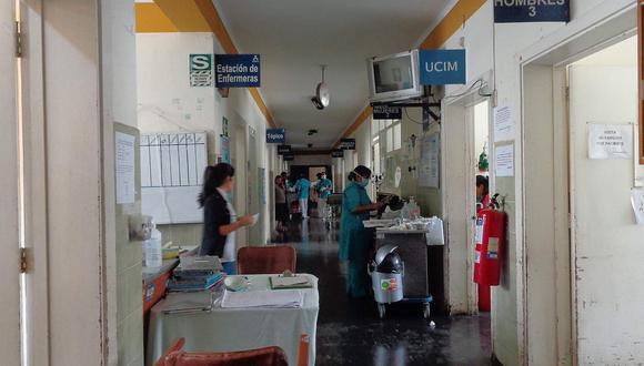 44 profesionales son nombrados en hospital Hermilio Valdizán