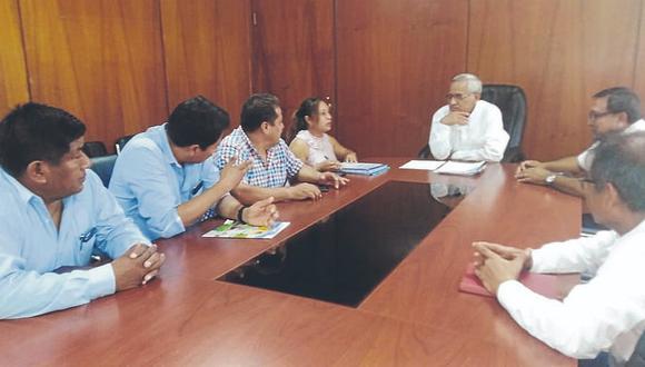 Mancomunidad entrega proyectos a gobernador