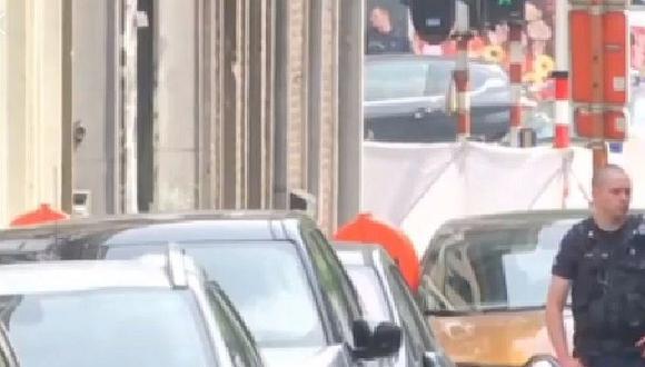 """Sujeto que gritaba """"Alá es grande"""" mató a dos policías y un civil en Bélgica (VIDEO)"""