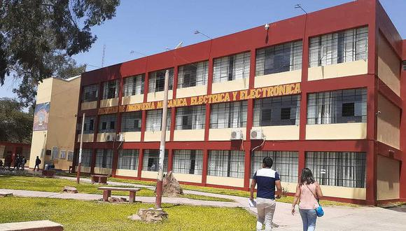 Más de 11 mil egresan de colegios y no podrán dar examen
