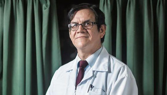 """El vicedecano del Colegio Médico del Perú (CMP) sostuvo que ya pasaron seis meses y que los ciudadanos conocen la enfermedad. Además, consideró que """"no hay que echarle la culpa al presidente ni a la ministra de Salud""""."""