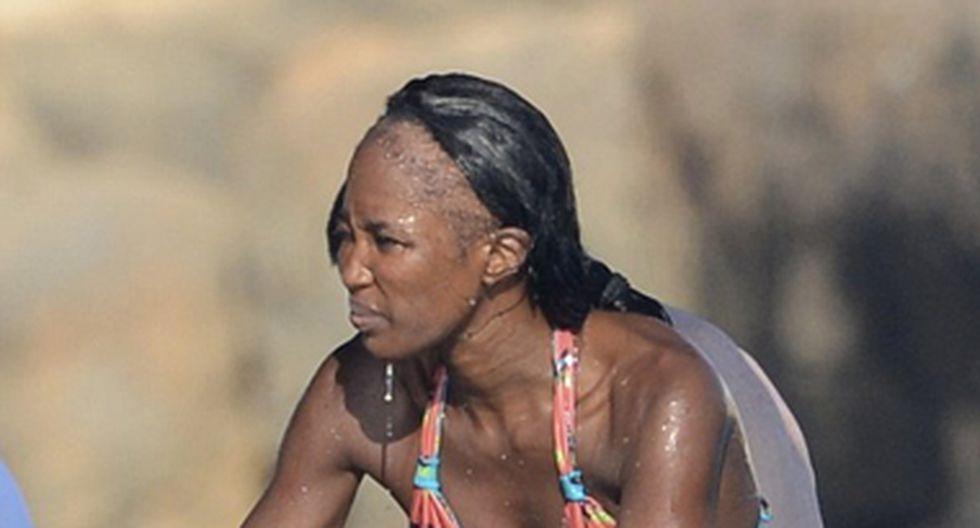Modelo Naomi Campbell se queda calva  por abuso de extensiones