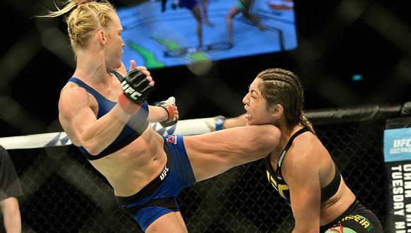 UFC: Holly Holm noqueó a Bethe Correia con brutal patada en la cabeza (VIDEO)