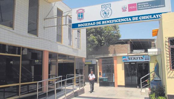 Fiscalía presenta requerimiento contra exfuncionarios de la Beneficencia por compra sobrevalorada de terreno.