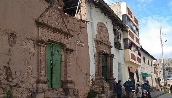 Puno: casa Cuentas Zavala de Juli se cae a pedazos