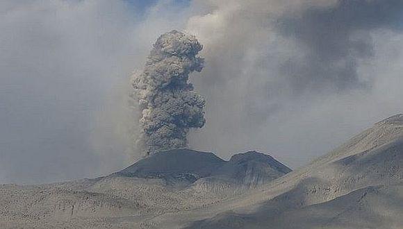 Al día se registran aproximadamente 30 explosiones en el volcán Sabancaya| Correo