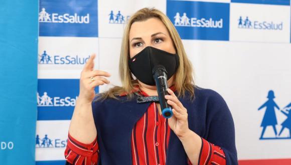 """La presidenta ejecutiva de Essalud manifestó que le hubiera """"encantado que la llamen para pedir información"""" respecto al caso antes de """"humillarla"""". (Foto: EsSalud)"""