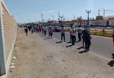 Miles de personas formaron inmensas colas en el estadio Joel Gutiérrez