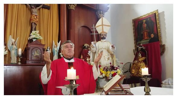 Con misa virtual celebran festividades por San Pedro y San Pablo en Huanchaco
