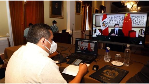 Alcalde de Trujillo, José Ruiz, sostuvo reunión virtual con consejero comercial del país oriental, a fin de contar con vacunas, asistencia técnica y camas UCI.