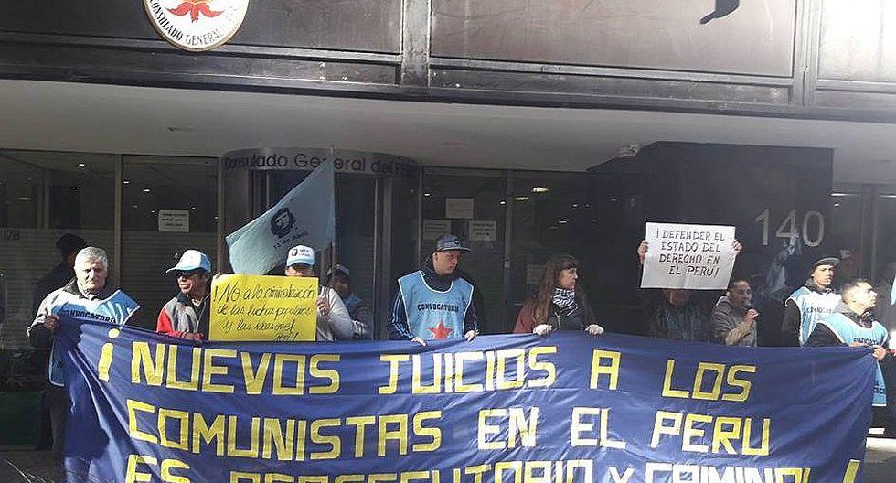 ONG denuncia que realizan propaganda terrorista frente a consulado de Perú en Argentina