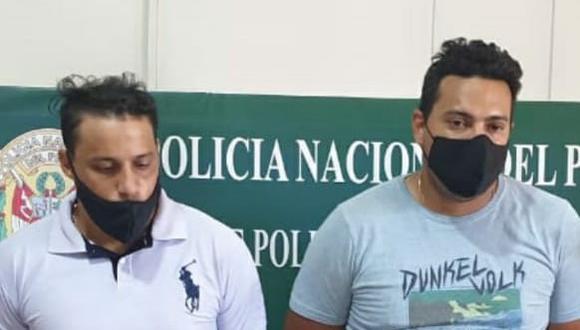 """Policías capturan a """"marcas"""" extranjeros con arma, granada y municiones en Pisco."""