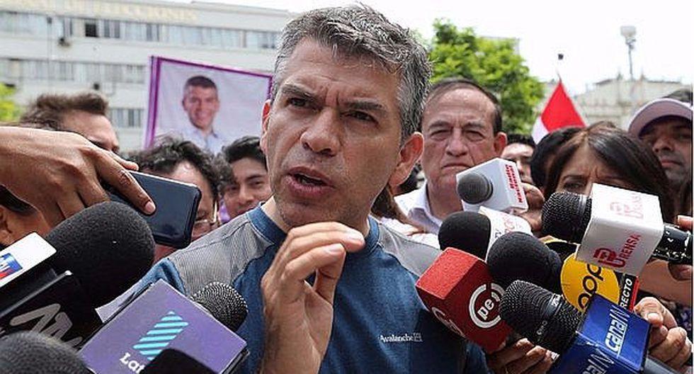 """Julio Guzmán pide marcar """"sí, sí, sí, no"""" en el Referéndum"""
