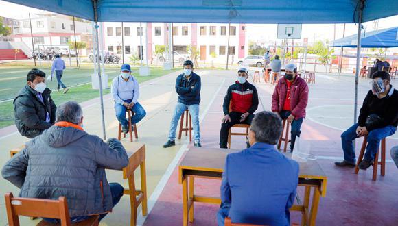 Los obreros acudieron al Gobierno Regional de Arequipa para pedir explicaciones  Foto: GRA