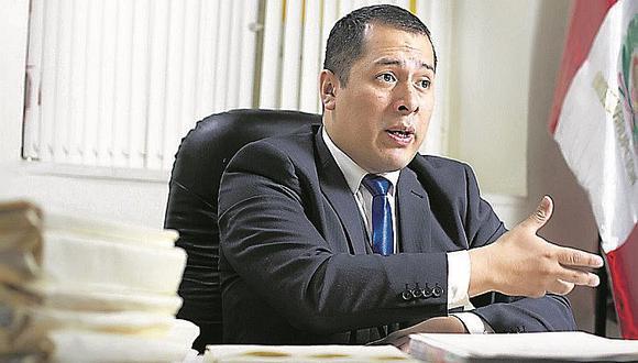 Christian Salas asumió la defensa del partido de Keiko Fujimori y pidió al juez Víctor Zúñiga que declare como improcedente el pedido para suspender a Fuerza Popular.