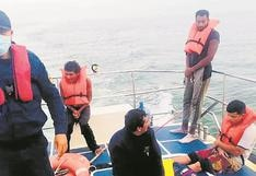 Rescatan a seis tripulantes de embarcación hundida a dos millas de La Cruz, en Tumbes