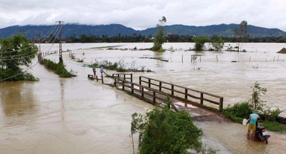 Aluviones y deslaves arrasan pueblos en Vietnam: 37 muertos y 40 desaparecidos (VIDEO)