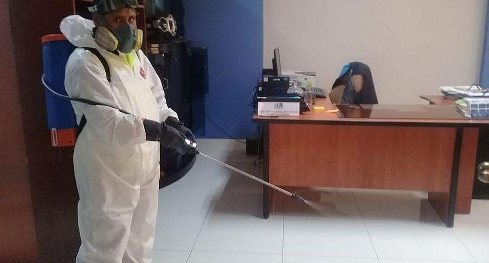 UNAM fumiga campus para prevenir el coronavirus
