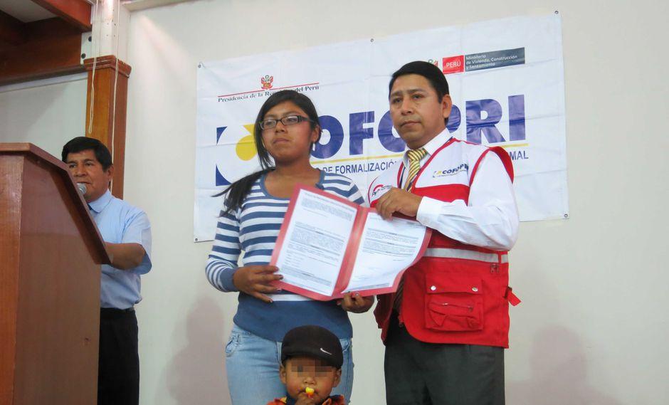 Cofopri: El 98% de viviendas en Moquegua ya tiene título de propiedad