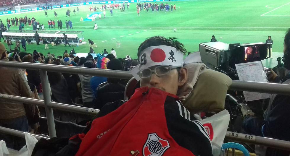 Francisco en Japón, siguiendo a River en el Mundial de Clubes 2015. (Facebook Francisco Díaz Luzuriaga).