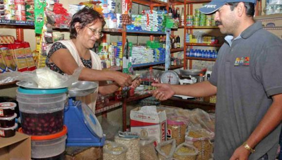 Mercados ni bodegas pequeñas cobrarán impuestos por bolsas de plástico