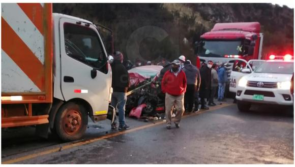 Un muerto deja choque de minivan y tráiler en la Carretera Central, en La Oroya. (Foto referencial)