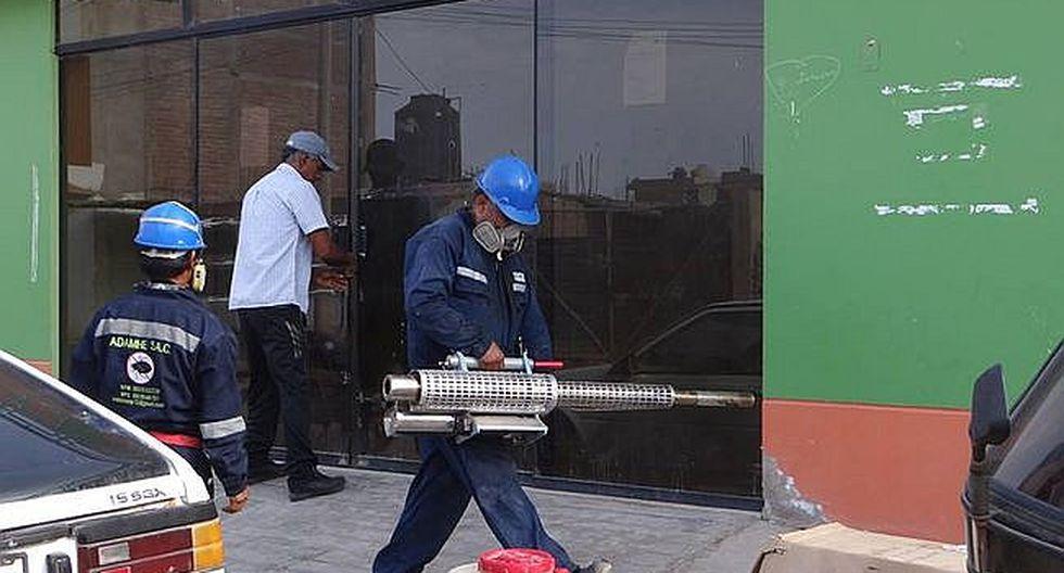Fumigan instituciones educativas en Acarí para el inicio de labores escolares (FOTOS)