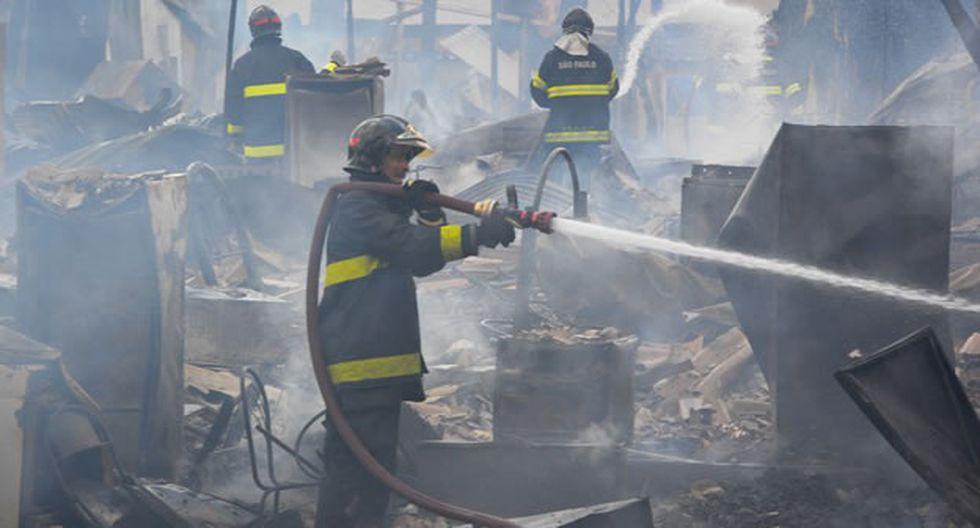 Incendio en favela de Sao Paulo deja un muerto y cientos de afectados