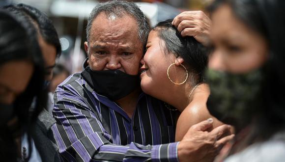 Las masacres han regresado al campo en Colombia, donde grupos financiados por el narcotráfico mataron a 36 personas en los últimos días, luego del alivio que trajo el pacto de paz de 2016 con las exguerrilleras FARC, también blanco de violencia. (AFP / Luis Robayo).