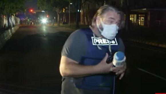 Equipo de televisión de DW indicaron que policías les dispararon con balas disuasorias. (Foto: captura video DW)