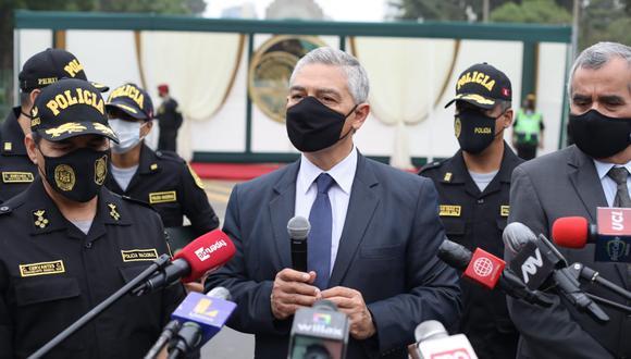Titular del Interior, José Elice indicó que ha convocado para este jueves a una reunión de urgencia con los altos mandos de la policía para obtener información sobre lo ocurrido en La Libertad.