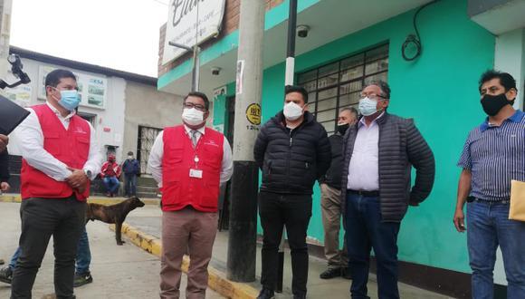 """Dos de las obras visitadas, y que cuentan con informes de Contraloría, fueron el coliseo Juan """"Chueco"""" Honores y la carretera vecinal en el sector Facalá."""